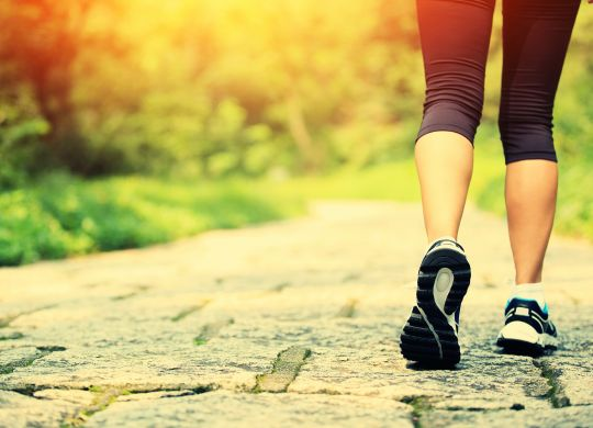 03-7-daily-energy-habits-walking